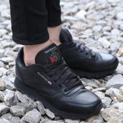 BUTY CLASSIC LEATHER BLACK