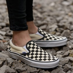 BUTY VANS VN000EYEBWW CLASSIC SLIP-ON